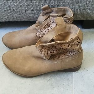 Faded glory tan ankle boots